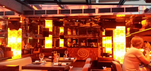 nightlife at cannes, le baoli beachside restaurant