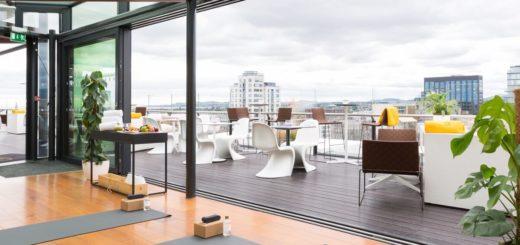 https://www.themarkerhoteldublin.com/images/uploads/general/Rooftop_Yoga_Setup.jpg