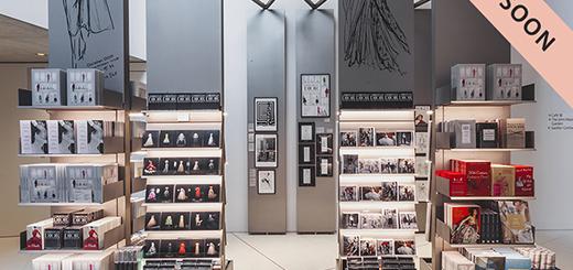 V&A Shop - Christian Dior- Designer of Dreams