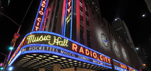 Radio City music hall, bldg secret nt pynck.jpg