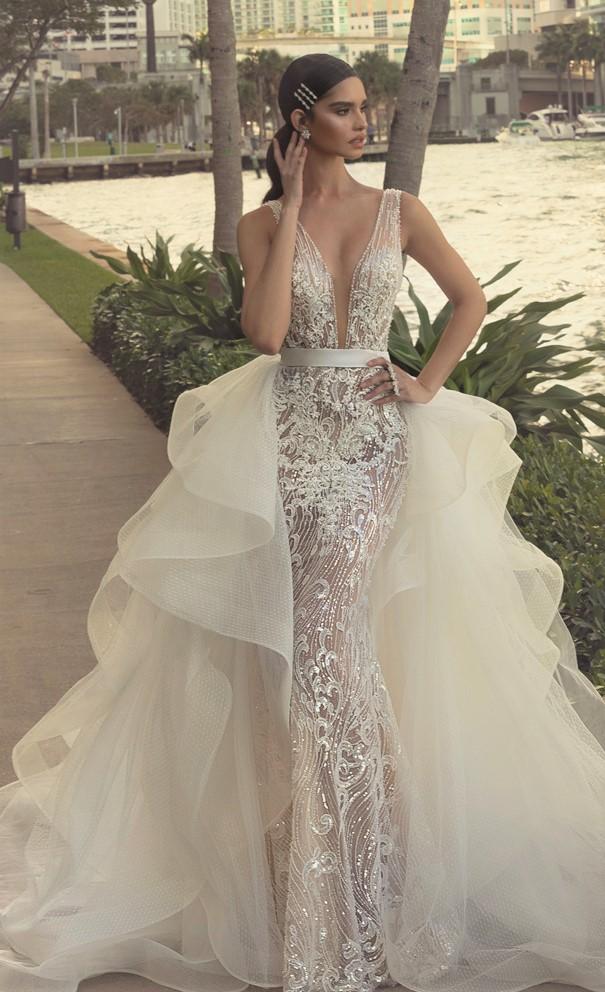 Wona-Wedding-dress-Avrora1 side cascade pynck (1) cropped.jpg