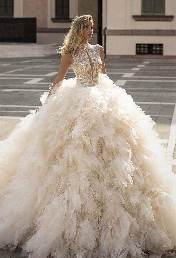 Wona-Wedding-dress-2020-Melissa-1 fitted bodice, ruffle skirt pynck (2) cropped.jpg