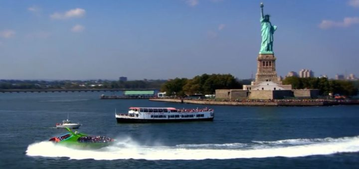 the Beast boat statue of liberty, ny by Water, Pynck.JPG