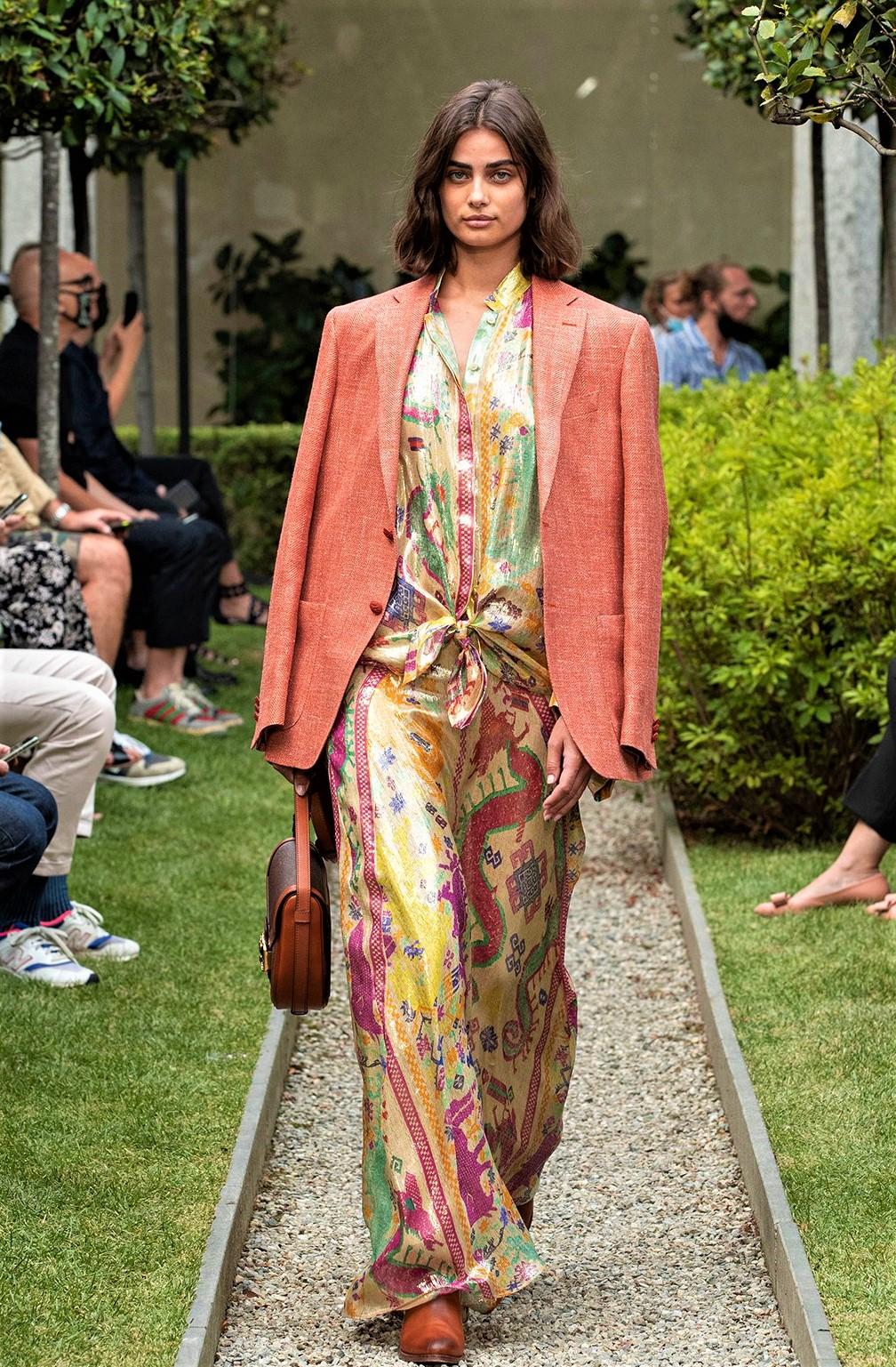 etro womenswear silk coral jkt milan fashion week pynck (2) cropped.jpg