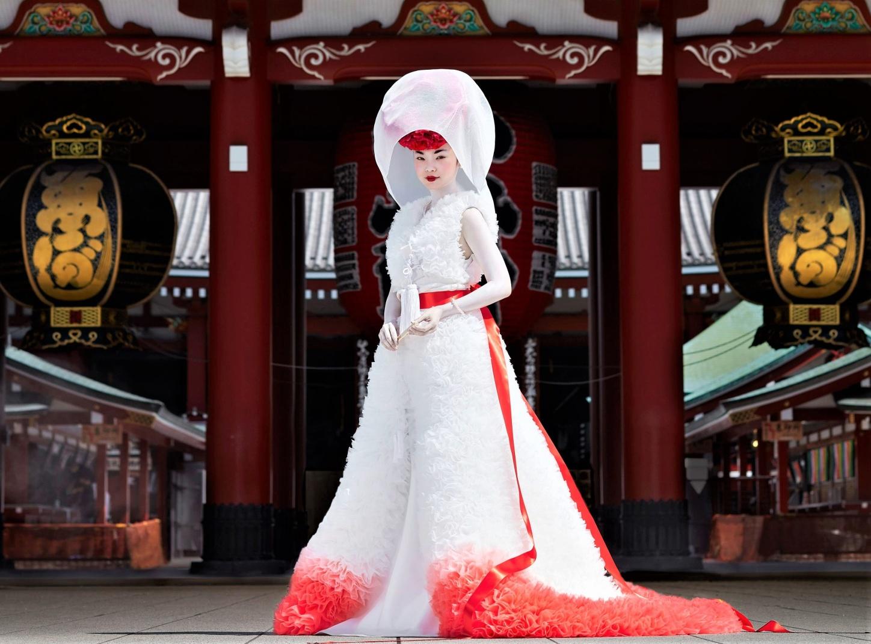 00013-Tomo-Koizumi-RTW-Spring-21 wedding gown NYFW pynck (3).jpg