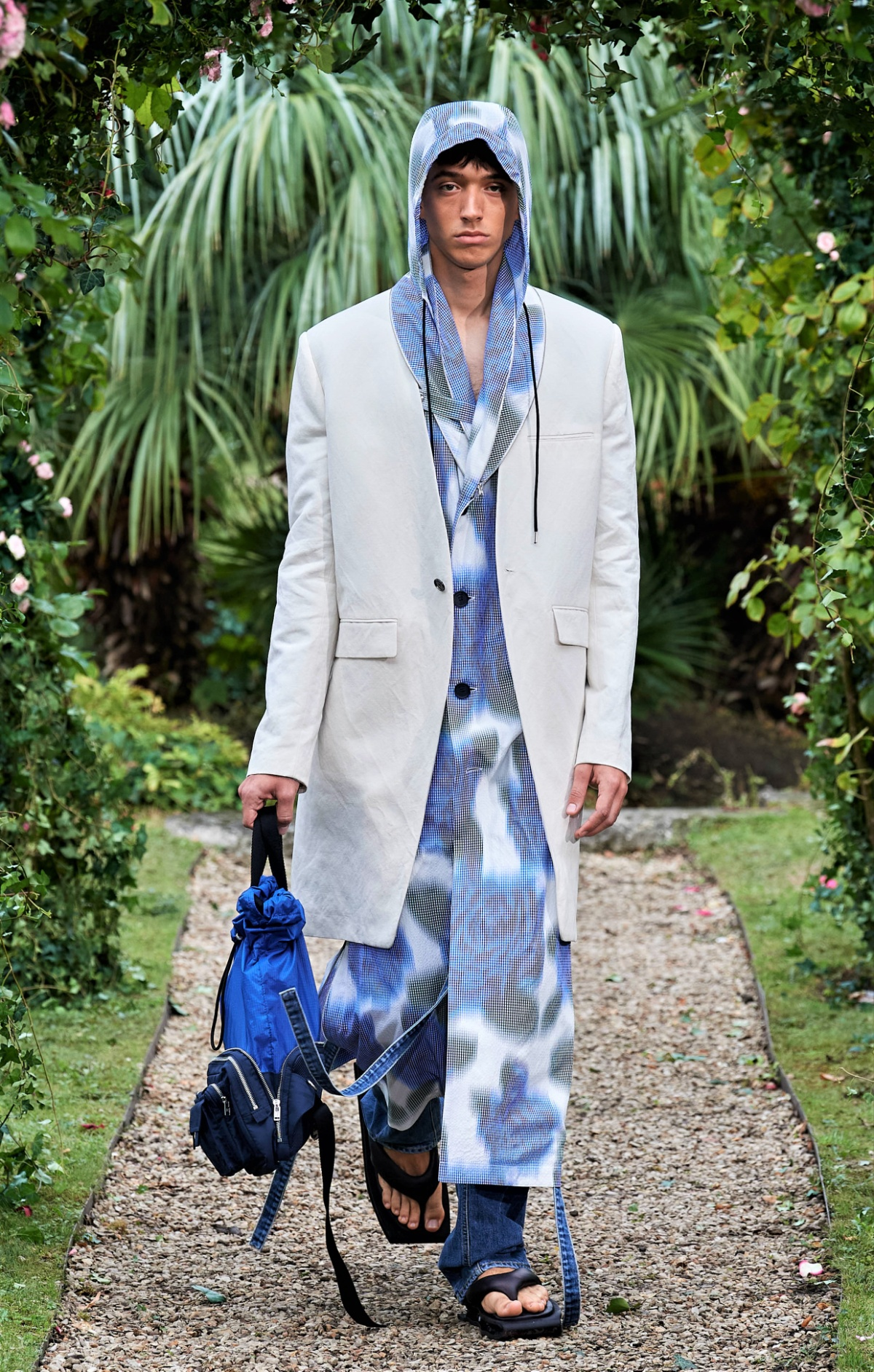 Kenzo SS21 029 mens batik blue hoody Paris cropped.jpg