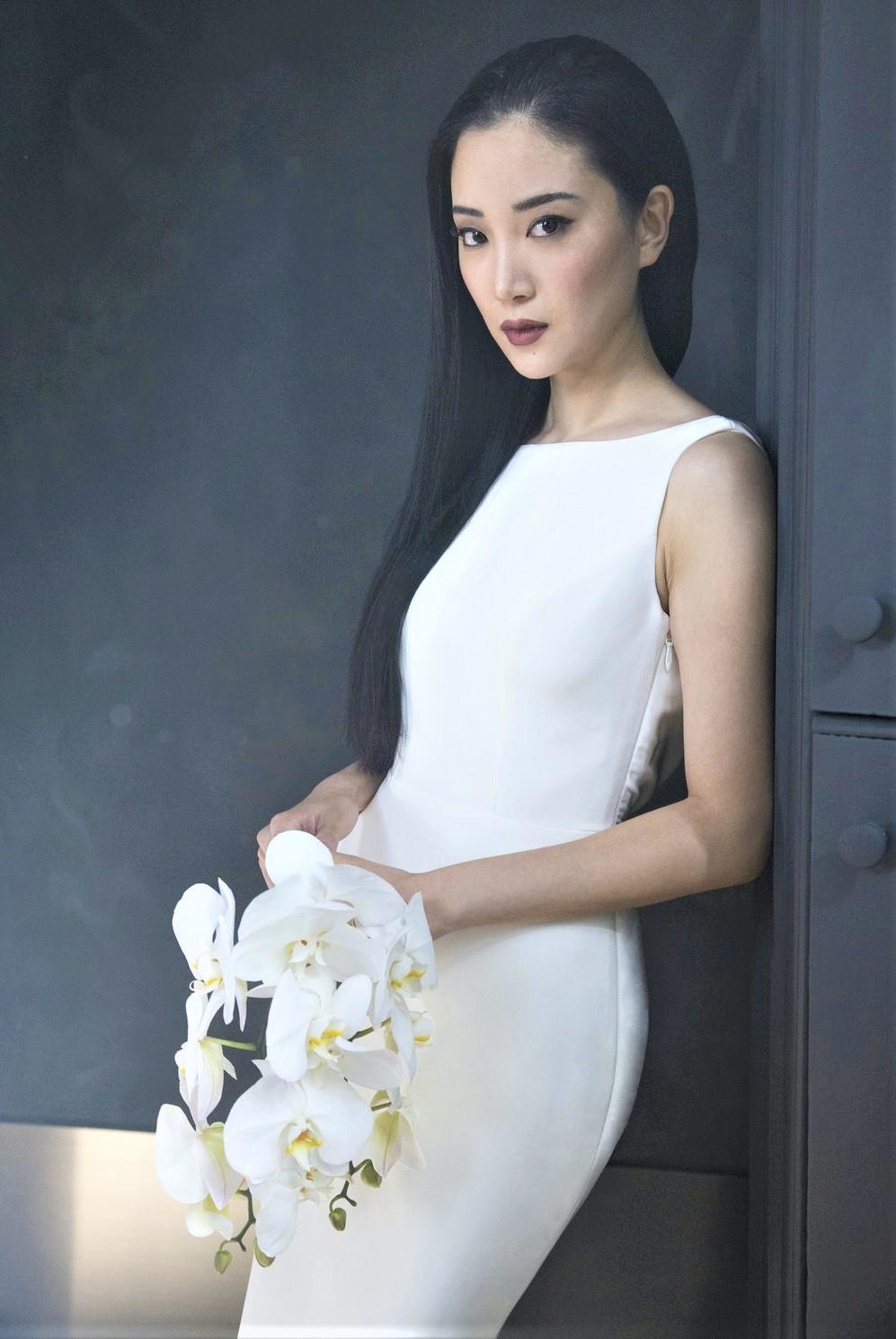 Romona Keveza Bridal sleeveless 10-20 pynck (2) cropped.jpg