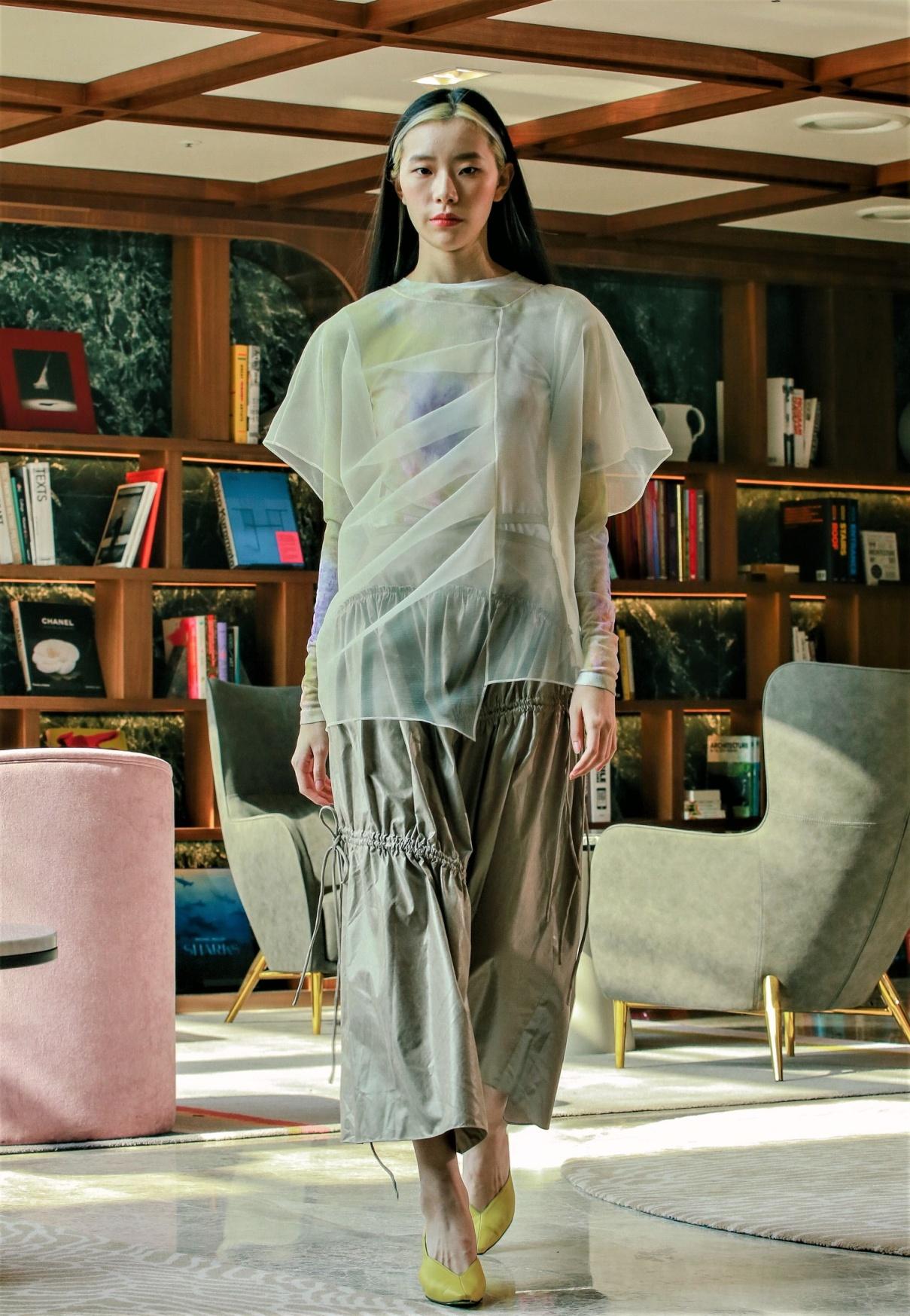 seoul lie sheer blse, skirt cropped.jpg