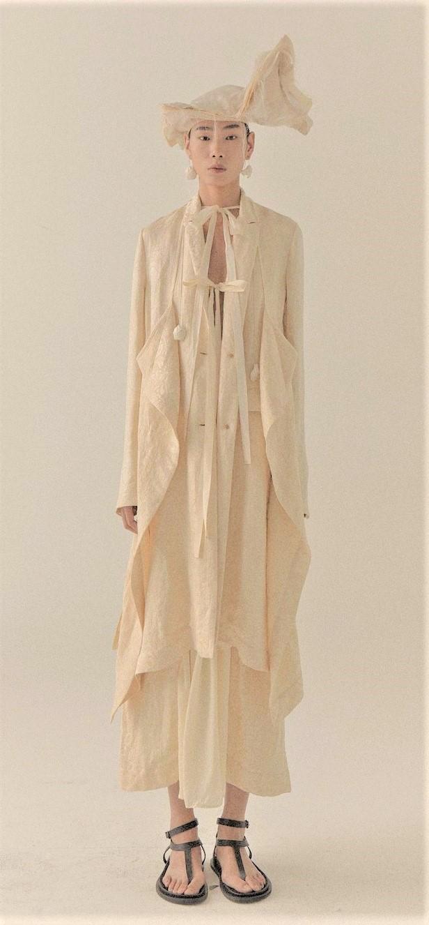 00002-UMA-WANG-SPRING-21-RTW White cascade pleat dress Paris Pynck (3) cropped 3.jpg