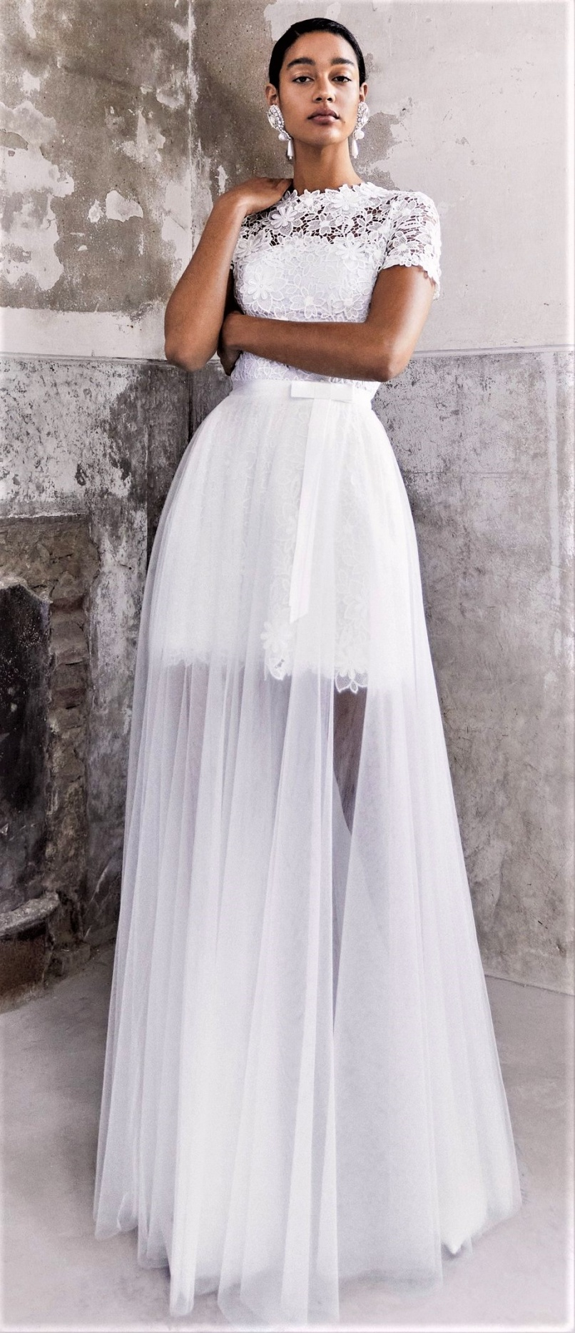Viktor Rolf Mariage mini with long tulle skirt Bridal 10-20 pynck (2) cropped.jpg