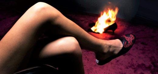 Diego-Vanassibara-Niklas-scorpin shoe heels in fames for horizontal woemn shoe 12-20 cropped use this.jpg