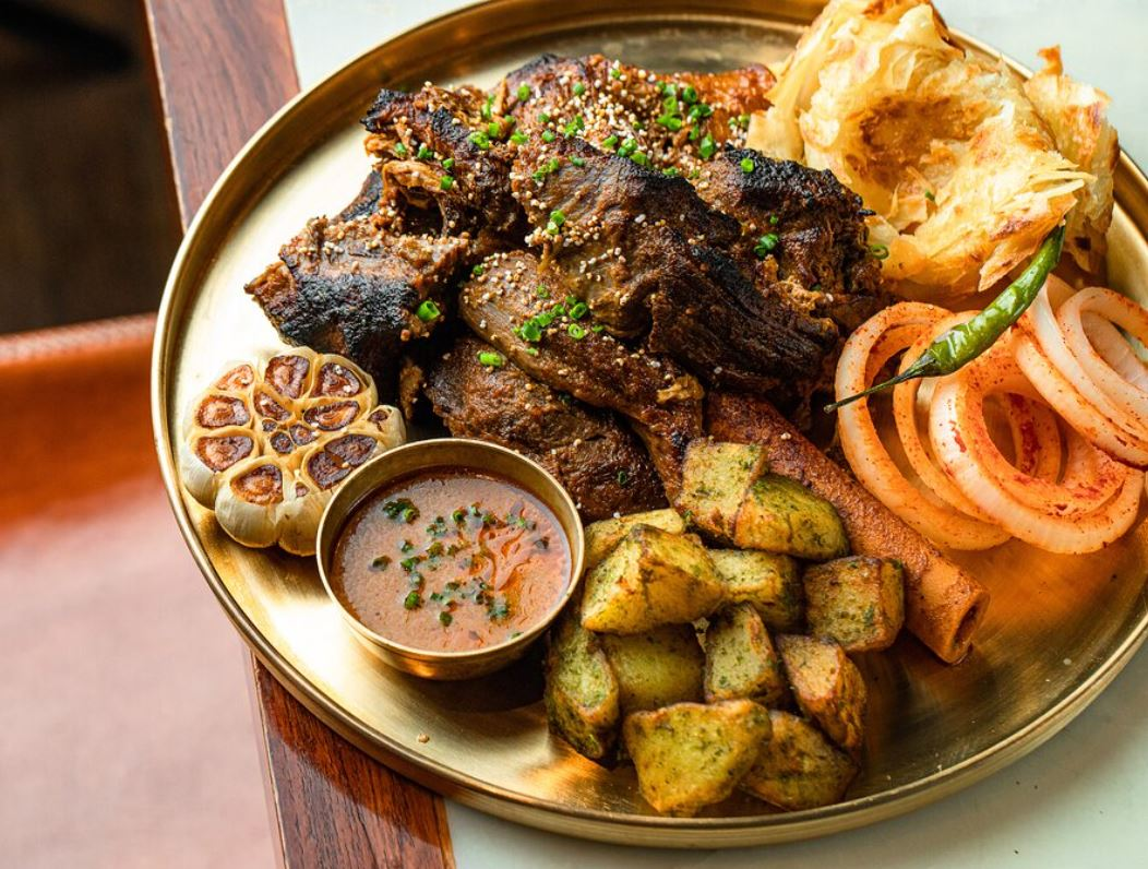 Gupshup indian rest ny eve take out meat and pot 12-20.JPG