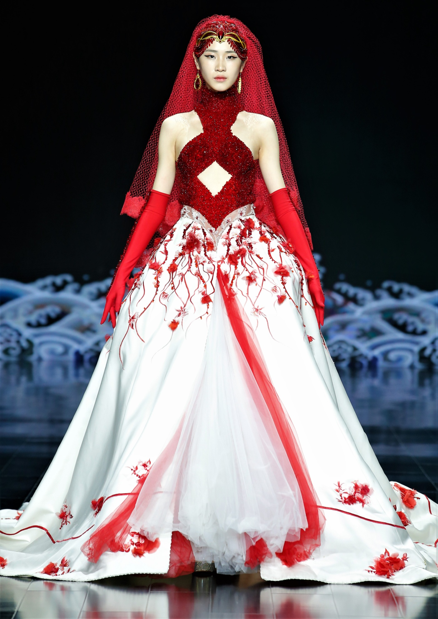 Laurence Xu red wht gown silk road.jpg