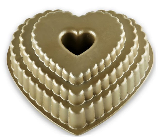 nordic-ware-scallop-heart-bundt-cake-pan-o Williams Sonoma val day pan gold cropped.jpg