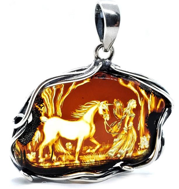 Amber cameo girl w horse, Amberman, Tucson show cropped.jpg
