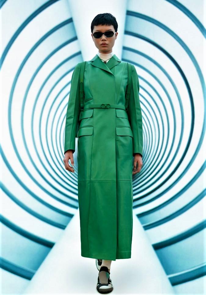 Milan 2 green leather coat salvatore-ferragamo cropped.jpg