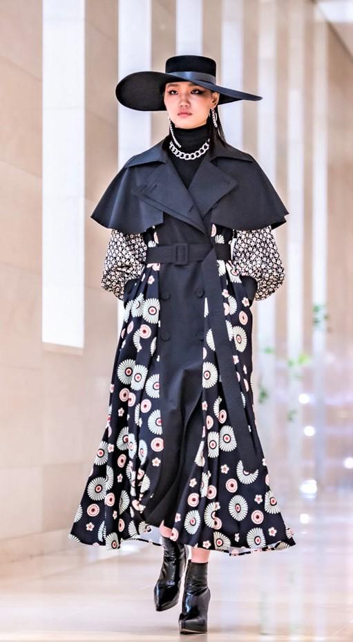 Seoul 3-21 Doucan blk cape dress cropped.jpg