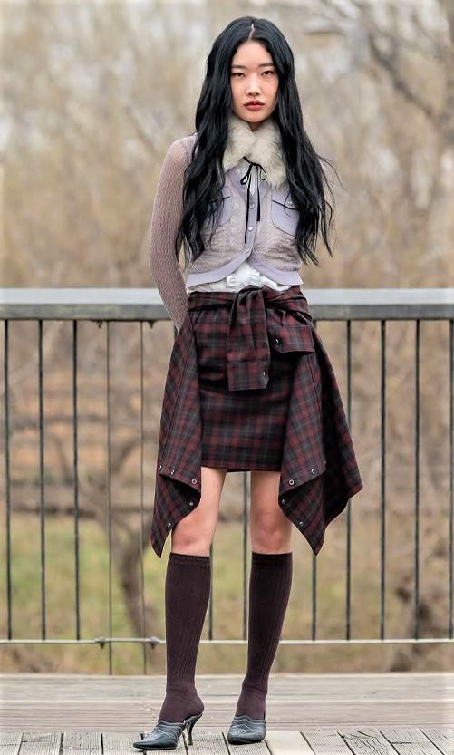 Seoul 3-21 Lo Axual Tartan skirt cropped.jpg