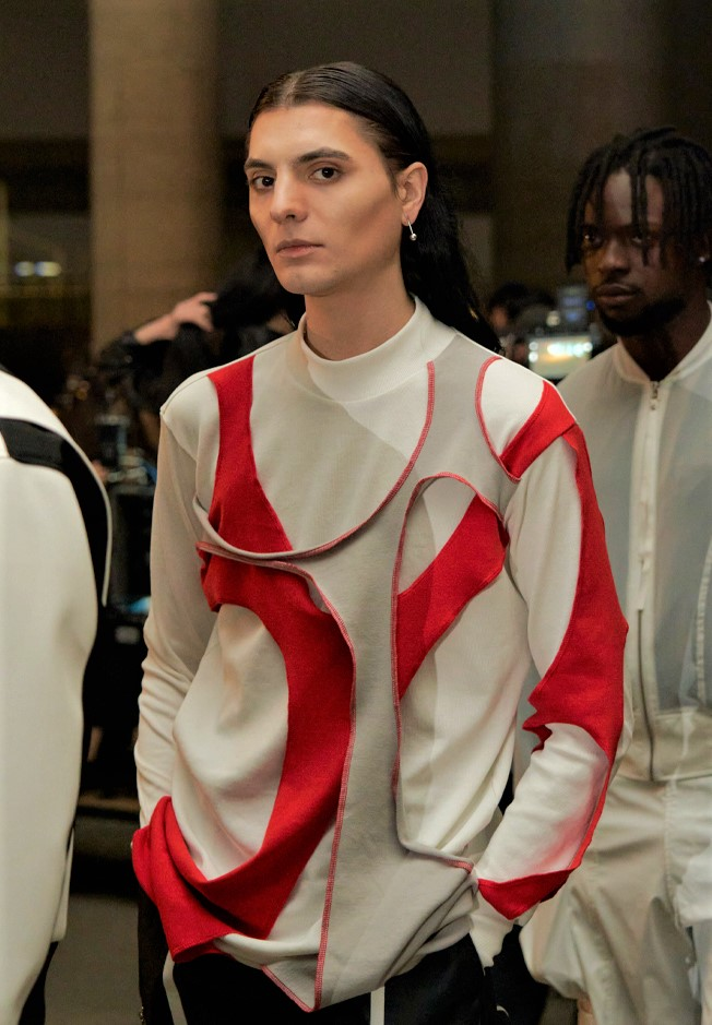 Seoul 3-21 Manod pieced red wht top women cropped.jpg