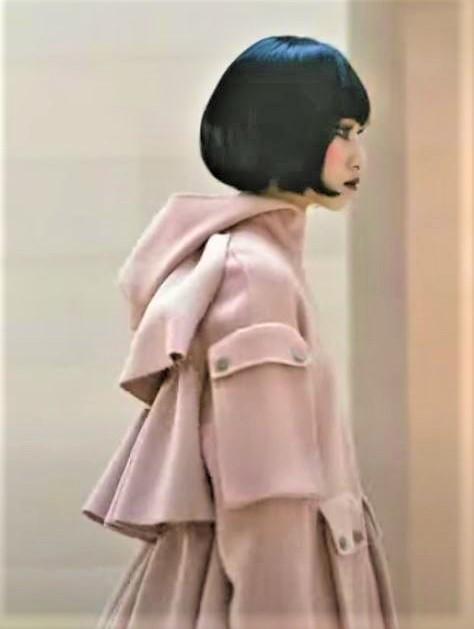 Seoul 3-21 st mill back ruffles coat (2) cropped.JPG