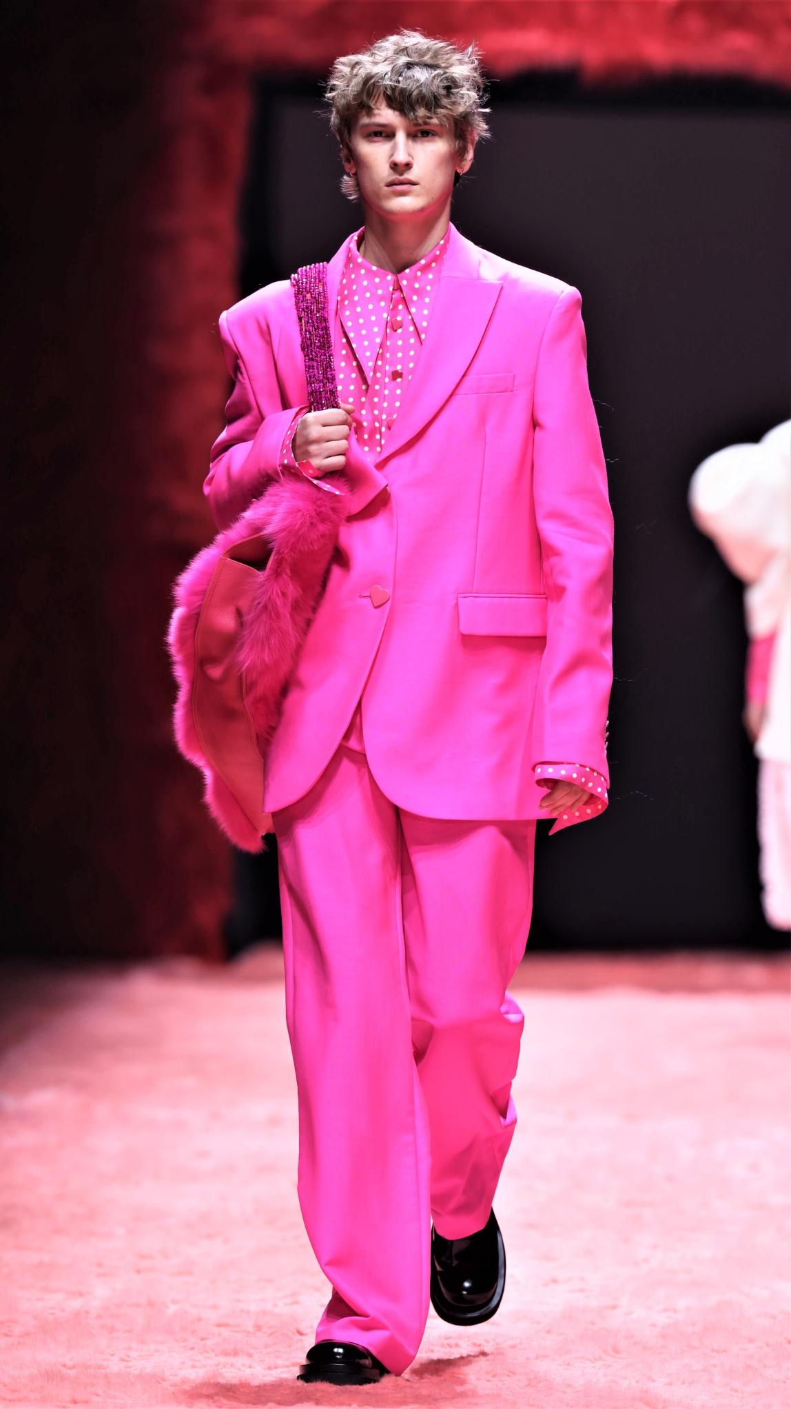 Pan'tterfly mens pink Shanghai cropped.jfif