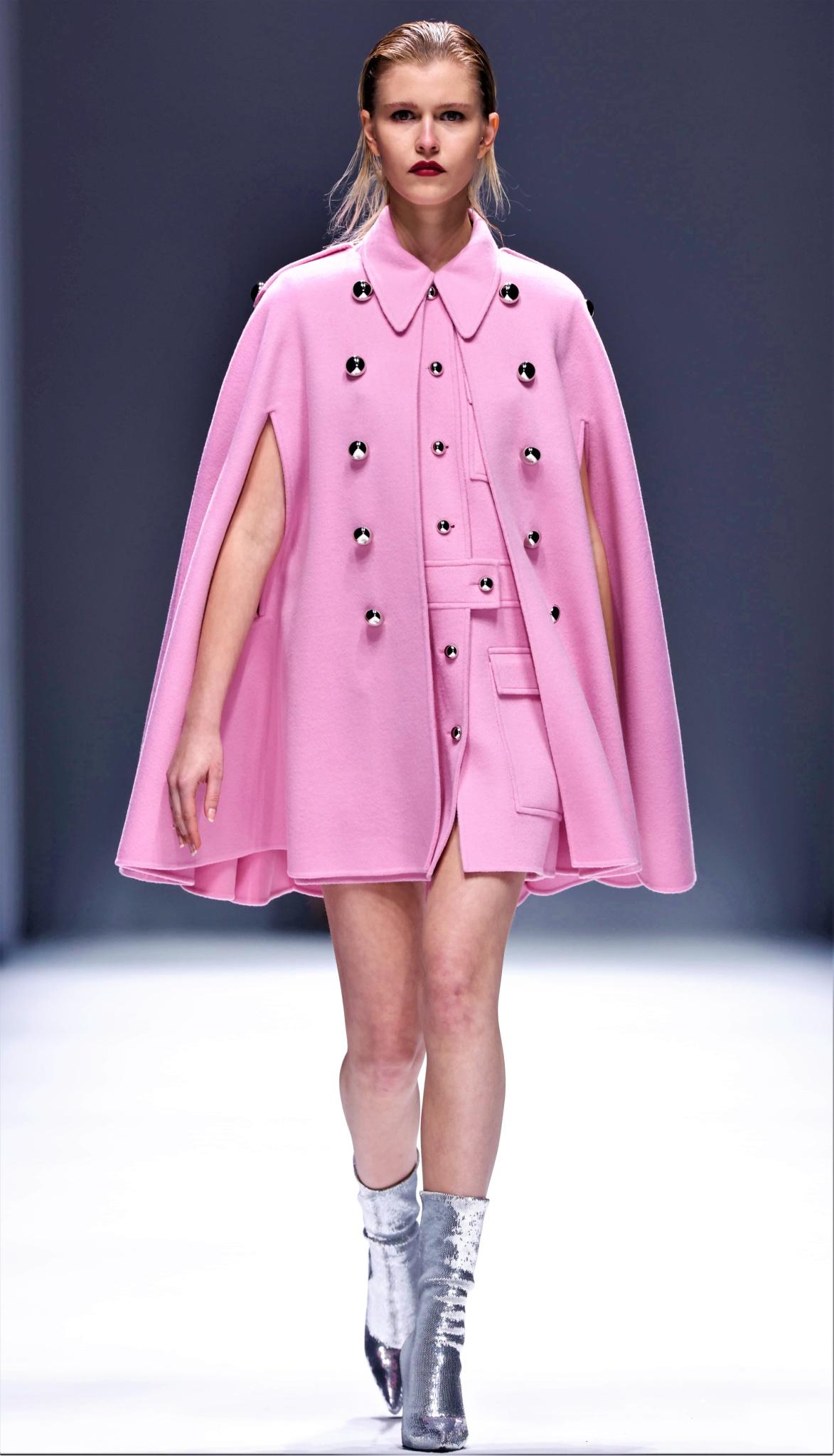Zhang Shuai pink cape Shanghai cropped.jpg