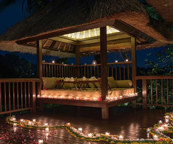 Bali Romantic dinner destination.jpeg