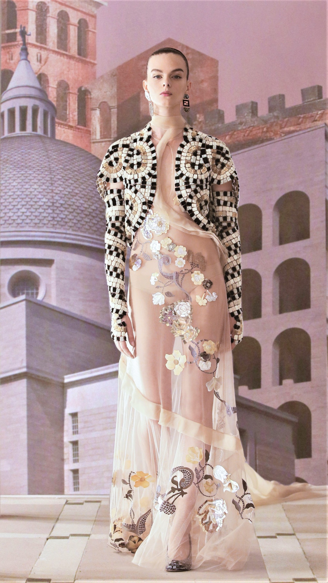 Fendi Couture Fall 2021 mosaic jkt vogue cropped.jpg