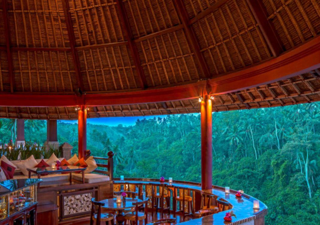 Resort 8-21 viceroy bali cocktail hour.JPG