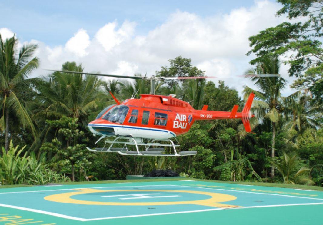 resort 8-21 Viceroy bali helicopter.JPG