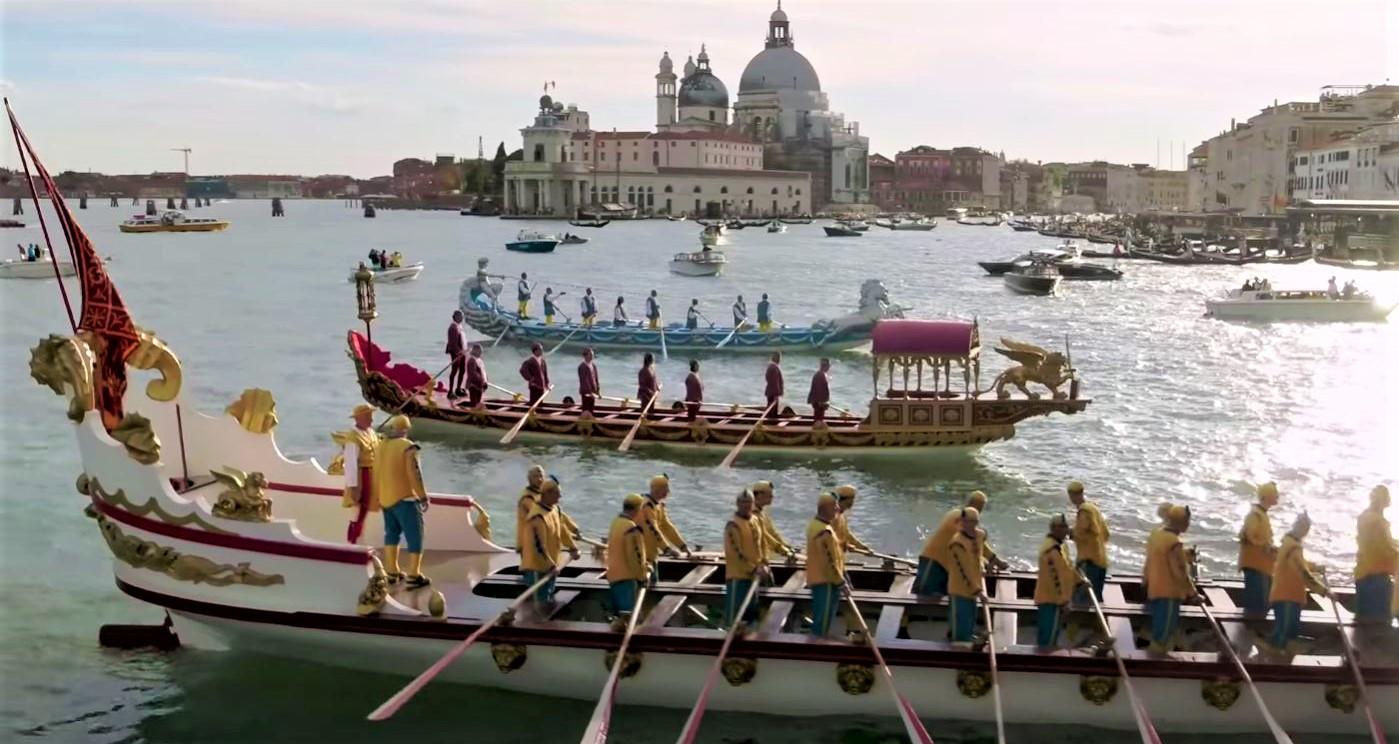 D + G Venice ancient gondolas yt (2).JPG