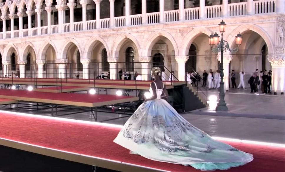 D + G Venice dress train youtube (2) cropped.JPG