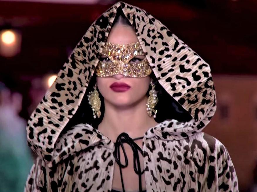 D + G Venice masked yt (2) cropped.JPG