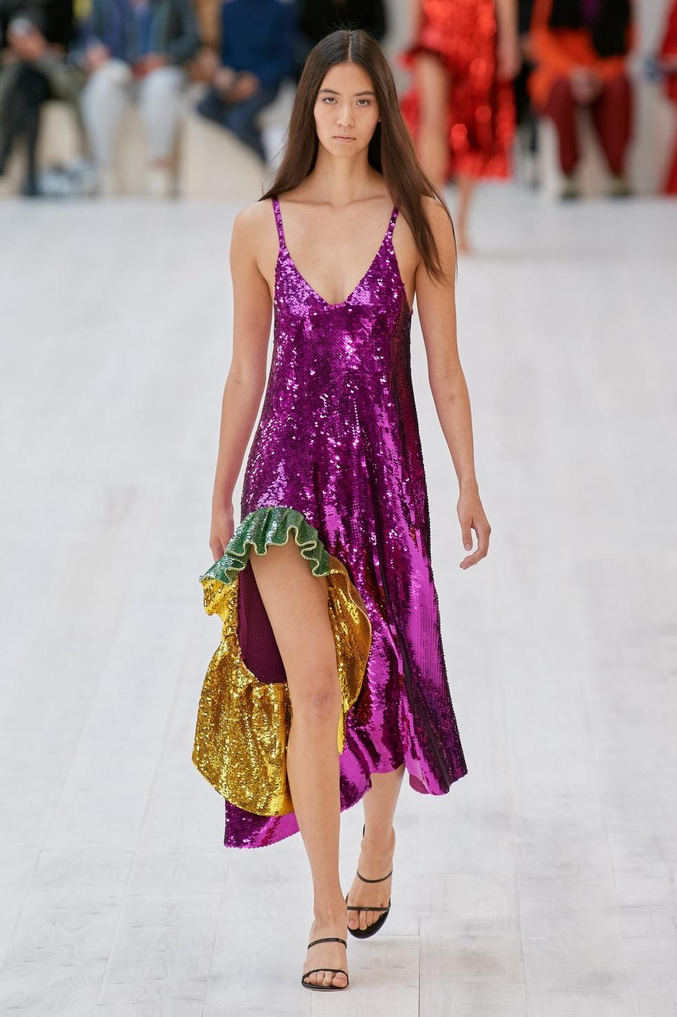 Paris 1. loewe purp sequins vog.jpg